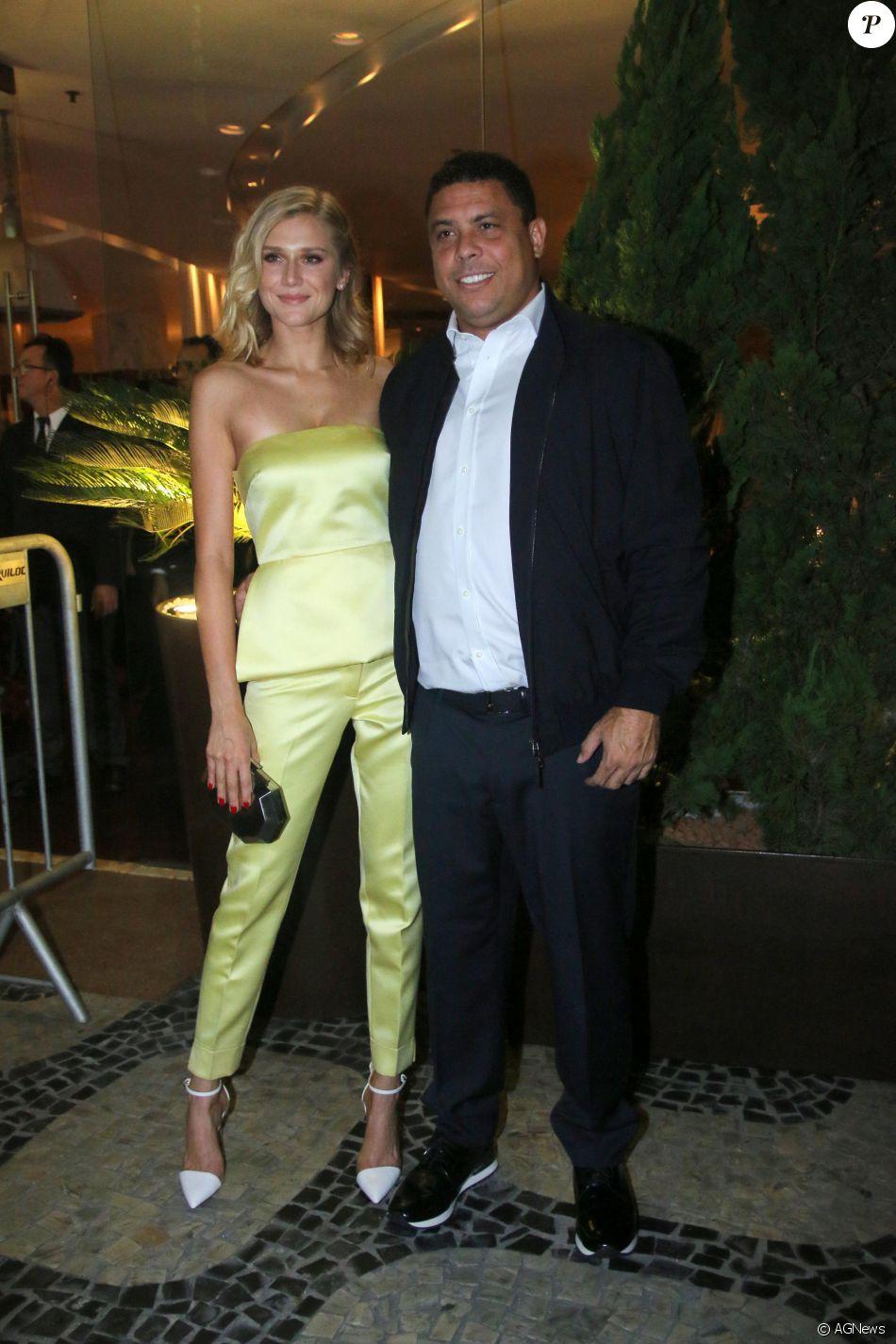 Ronaldo e a namorada, a modelo Celina Locks, vão se mudar para a Europa em setembro de 2016