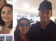 Neymar e Bruna Marquezine posam com fãs em shopping do Rio de Janeiro