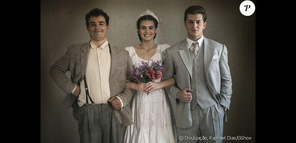 Camila Queiroz brincou com o desfecho de sua personagem, Mafalda, na novela 'Êta Mundo Bom!', cujo último capítulo irá ao ar nesta sexta-feira, 26 de agosto de 2016: 'É muito difícil ter que escolher um só!'