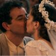 Zé dos Porcos (Anderson Di Rizzi) e Mafalda (Camila Queiroz) se casaram no capítulo final de 'Êta Mundo Bom!'