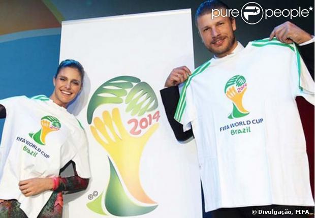 Escolha de Fernanda Lima e Rodrigo Hilbert para sorteio da Copa do Mundo será investigada (03 de dezembro de 2013)