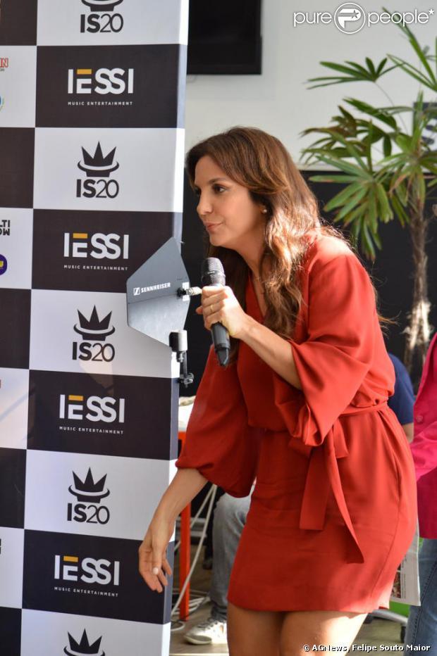Ivete Sangalo  reuniu a imprensa, nesta terça-feira, 3 de dezembro de 2013, para falar sobre a gravação do seu quinto DVD