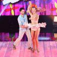 Rainer Cedete e Juliana Valcézia dançam ao som da música 'Xamego', na voz de Elba Ramalho