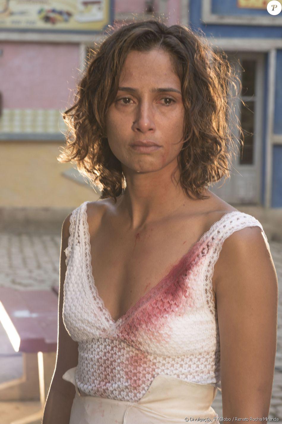 Camila Pitanga ficará um ano ou mais fora da TV após morte de Domingos Montagner, diz colunista neste sábado, 17 de setembro de 2016