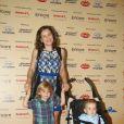 Regiane Alves com seus pequenos Antonio, de 1 ano e João Gabriel, de 2