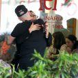 Ana Carolina e Letícia Lima encontraram o ator Paulo Gustavo e o marido do humorista, Thales Bretas