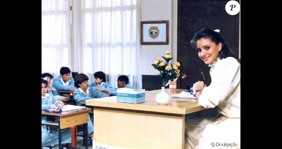 Em entrevista ao programa de TV peruano 'Mathi Nait', Gabriela Rivero, a primeira professora Helena de Carrossel, disse que o elenco mirim costumava fumar escondido