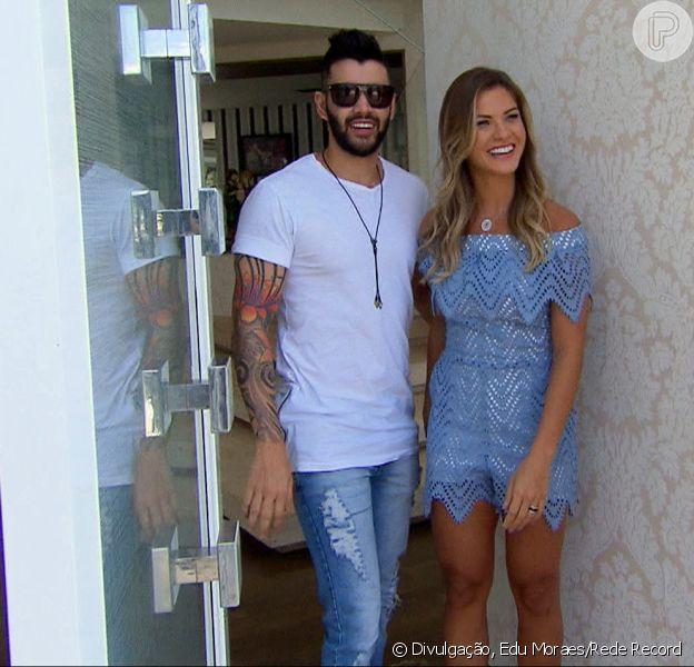 Gusttavo Lima abriu sua nova mansão em Goiânia e mostrou intimidade no programa 'Hora do Faro' do próximo domingo, 2 de outubro de 2016