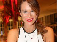 Mariana Ximenes recebe elenco de 'Haja Coração' ao inaugurar restaurante. Fotos!