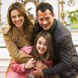Paulinha (Klara Castanho) tenta fazer com que Paloma (Paolla Oliveira) e Bruno (Malvino Salvador) se reconciliem na noite de Natal, em 'Amor à Vida'