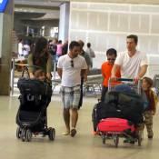 Matthew McConaughey e Camila Alves embarcam com os três filhos em BH