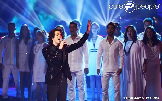 Sam Alves cantou 'Hallelujah', de Leonard Cohen, na final do 'The Voice Brasil'