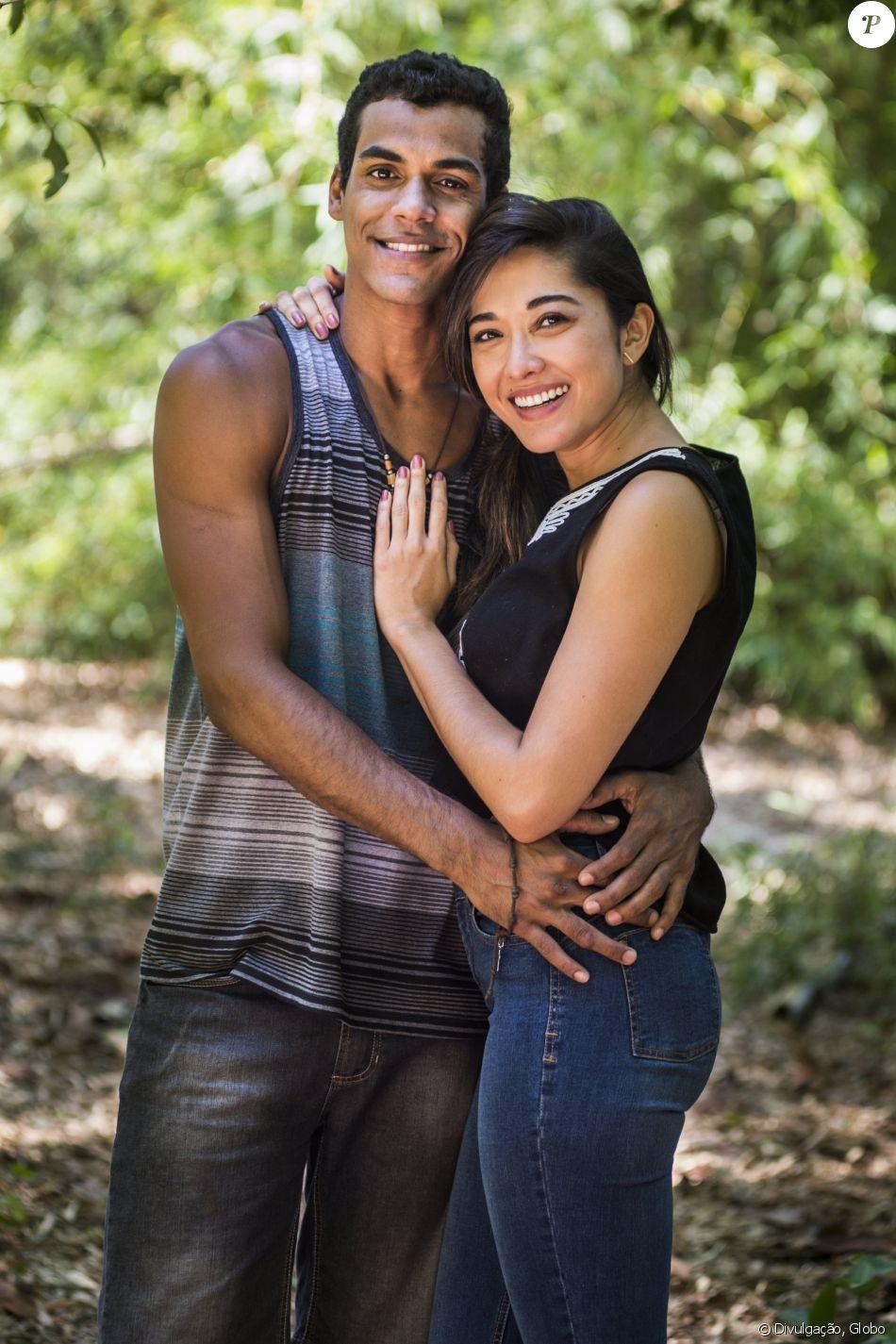 Jacqueline Sato comemora o sucesso do casal #Tiumi
