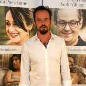 Paulo Vilhena explica pele avermelhada em pré-estreia: 'Me esbaldei na praia'