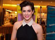 Sophia Abrahão lança biografia, 'Numa Outra', aos 25 anos, em São Paulo