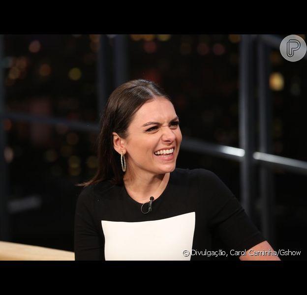 Monica Iozzi descartou ficar nua em ensaio para revista durante entrevista no 'Programa do Jô': 'Não dá mais dinheiro'