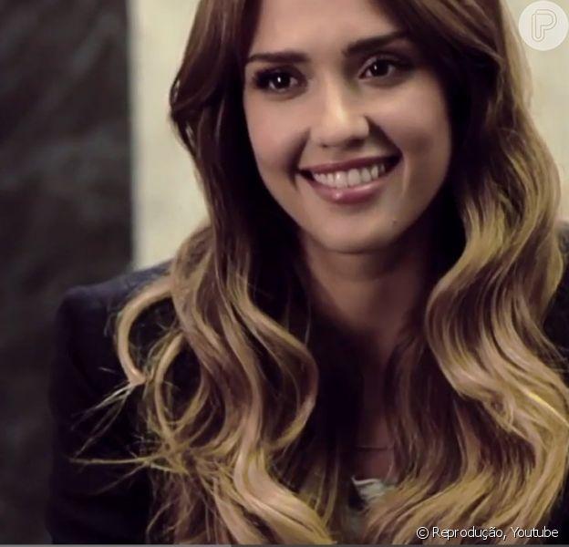 Jessica Alba grava campanha brasileira em vídeo lançado nesta quinta-feira, 17 de janeiro de 2014
