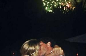 Alexandre Pato recebe beijo e declaração de amor da namorada, Sophia Mattar