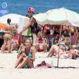 Yasmin Brunet mostrou boa forma na manhã de hoje, dia 1 de fevereiro de 2014, na praia de Ipanema, no Rio de Janeiro