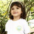 Juliana (Vanessa Gerbelli) quer adotar Bia (Bruna Faria), filha de Gorete (Carol Macedo) e Jairo (Marcello Melo Jr.), na novela 'Em Família'