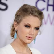 Harry Styles teria rompido namoro com Taylor Swift pois cantora seria assexuada