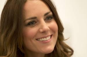 Kate Middleton usa colar de diamantes da rainha Elizabeth II em evento de gala