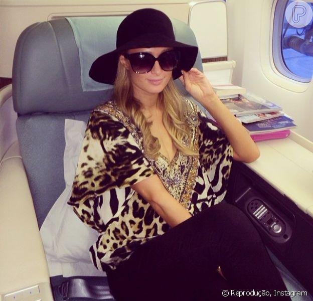 Paris Hilton desembarca no Brasil para promover sua festa de aniversário em Florianópolis, em 27 de fevereiro de 2014