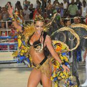 Carla Prata rouba a cena no Rio e Andressa Urach desfila com os seios à mostra