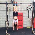 Giovanna Antonelli fica pendurada durante treino
