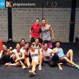 Giovanna Antonelli aparece sorridente após treino intenso com as amigas