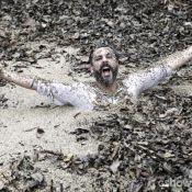 'Além do Horizonte': Hermes (Alexandre Nero) morre na 'lama gulosa', veja fotos