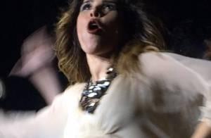 Grávida, Wanessa leva tombo em show e cai no palco no meio de coreografia