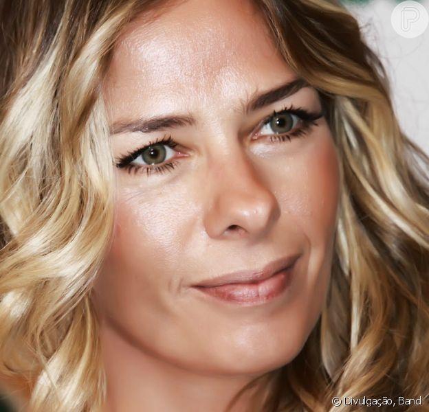 Adriane Galisteu foi internada com pneumonia no hospital Sírio Libanês, em São Paulo, nesta terça-feira, 22 de abril de 2014