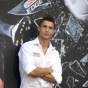 Cristiano Ronaldo proíbe família de vir ao Brasil, diz jornal alemão