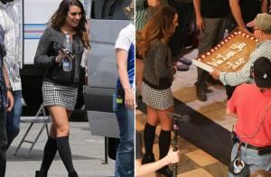 Lea Michele ganha bolo nos bastidores das gravações de 'Glee'