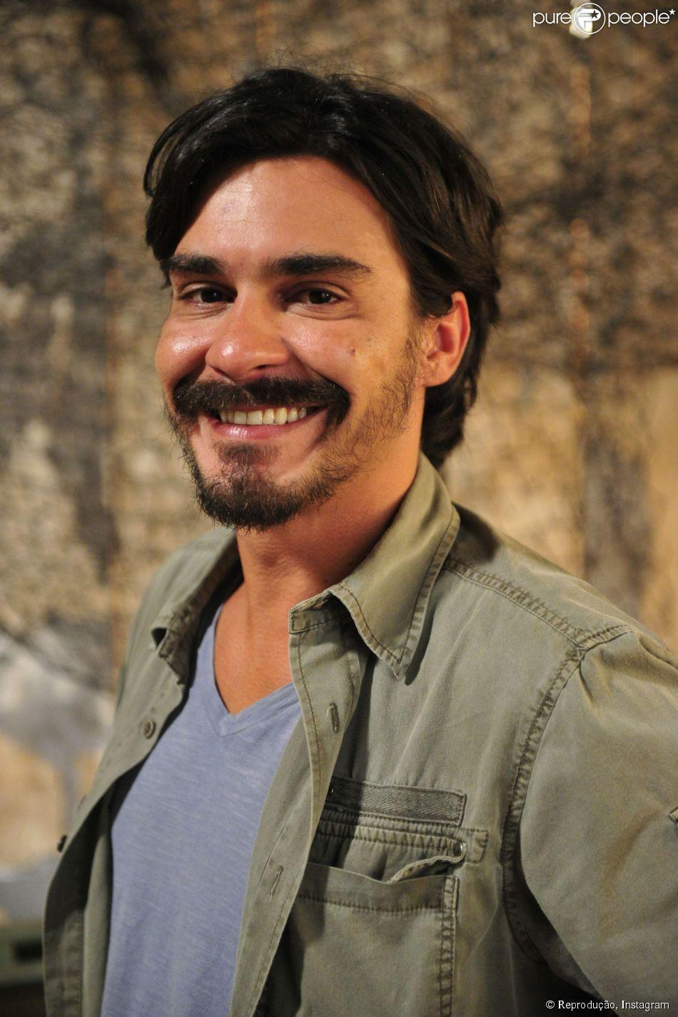 André Gonçalves é o mais novo solteiro do meio artístico