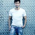 Enrique Iglesias tem o mesmo estilo sensual de Luan Santana