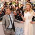 Nicole Kidman posa com Tim Roth no Festival de Cannes