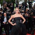 Natasha Poly veste Oscar de la Renta na première de 'Saint Laurent' no Festival de Cannes 2014