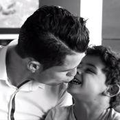 Filho de Cristiano Ronaldo rouba a cena nos bastidores de campanha publicitária