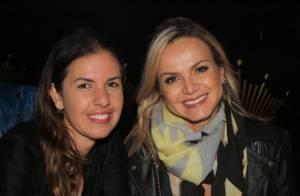 Eliana vai com amigas a show de Billy Paul em São Paulo: 'Emocionante'