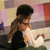 Giulia Gam alonga cabelo para 'Boogie Oogie' e exibe novo visual com o namorado