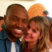 Fernanda Souza ganha festa surpresa de aniversário de Thiaguinho e famosos