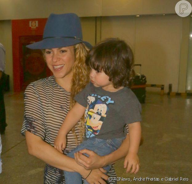 Shakira desembarcou no Aeroporto Internacional do Rio de Janeiro na madrugada desta quinta-feira, 10 de julho de 2014