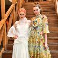 Leveza fashion! Camila Queiroz e Laura Neiva usam looks fluidos em evento nesta quinta-feira, dia 14 de junho de 2018