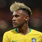 6d53a73e5ee43 Neymar adota novo visual após Brasil estrear na Copa   Jantar em família .