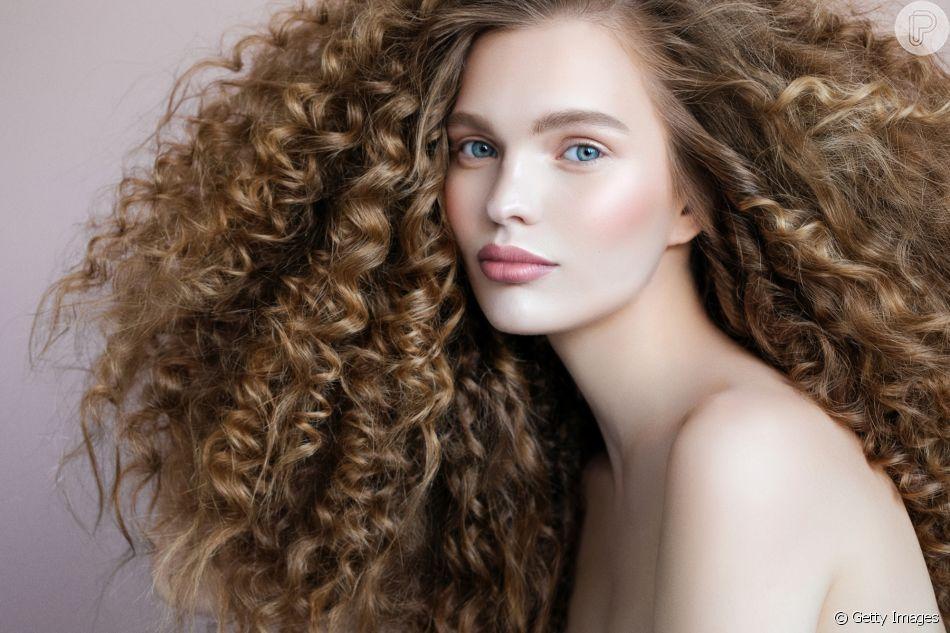 26288226a Descubra como manter os fios maravilhosos durante o inverno com dicas da  hairstylist Daniela Albuquerque