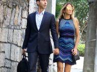 Ticiane Pinheiro e Cesar Tralli passeiam de mãos dadas após almoço no Rio