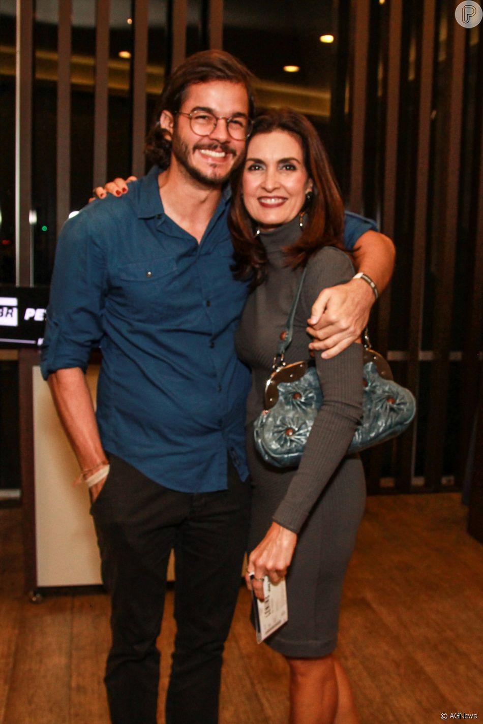 Fátima Bernardes explica exposição de namoro com Túlio Gadêlha em entrevista ao jornal 'O Globo' neste domingo, dia 24 de junho de 2018