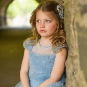Luxo infantil: grife investe em ouro, pérolas e cristais em nova coleção
